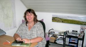 Frau Schweminski von der Senioren-Service-Stelle des Kreis Siegen-Wittgenstein zu Besuch in Unglinghausen